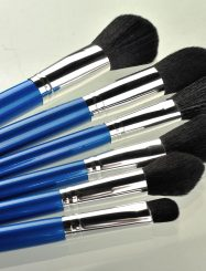 15 Pcs Nylon Fiber Wood Handle Brush Set